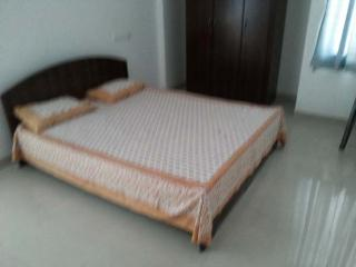 Fully furnished 4 bed flat in Kochi for daily rent, Ernakulam
