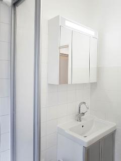 bath room (washing stand)