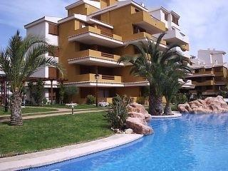 2 bedroom, 2 bathroom apartment in Punta Prima