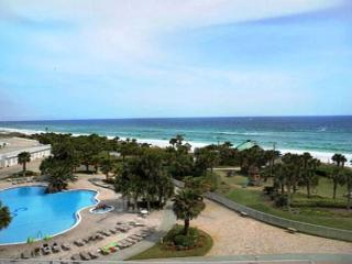 LUXURY BEACHFRONT CONDO FOR 8! 10% OFF MARCH STAYS! CALL NOW!, Destin