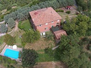 Lari Pisa Toscana - due unita nel verde Toscano Ca, Perignano