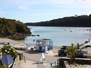 L7, Pirates Den, Helford Passage
