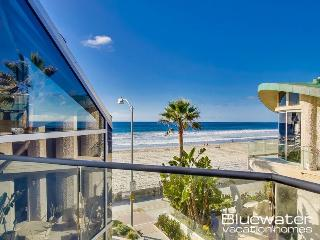 Ocean Front Vacation Rental Home on the Mission Beach Boardwalk, San Diego
