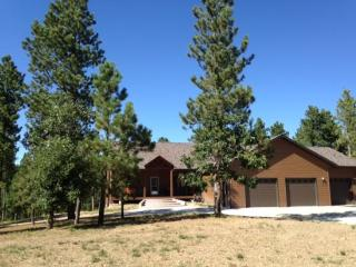 Sunset Hills - new listing!, Deadwood