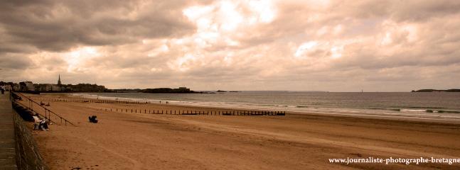 Coucher de soleil sur cette balade en bord de mer...