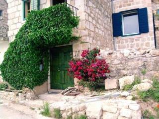 Dalmatian stone house in CELINA, Omis