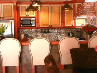 Casa Caramba/El Nido Gorgeous Artsy Apartment