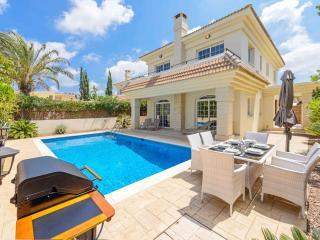 Villa Argo, Protaras
