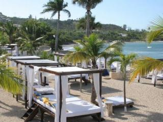 Stunning Beachfront Studio with Royal Service and, Puerto Plata