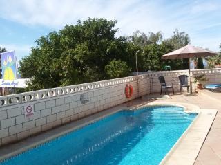 3-bedroom Villa Azul next to Callao Salvaje beach