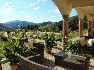 5 bedroom Villa in Reggello, Florentine hills, Arno Valley, Italy : ref 2294072