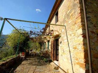 3 bedroom Villa in Buti, Pisa and surroundings, Tuscany, Italy : ref 2293899