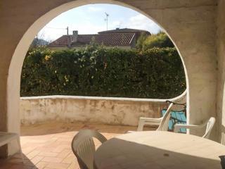 Three-bedroom house 200m from beach, Saint-Cyr-sur-Mer