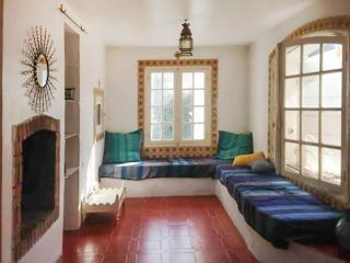 Three-bedroom house 200m from beach, Saint-Cyr-sur-Mer