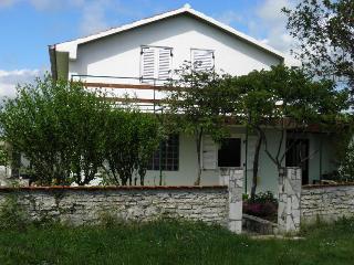 HOUSE FILIPANA, Krnica