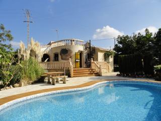 Stunning villa w/ pool and sea view, Denia