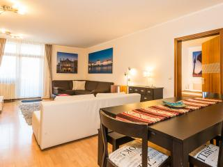 Westpark Apartment (4 Bedrooms), Munich