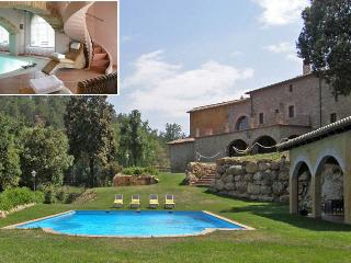 El Turo: 27 guests, outdoor & indoor pool, jacuzzi, Castellterçol