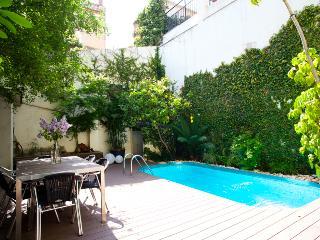 NEW!  HOUSE  s.XIX GARDEN & POOL, Vila de Gracia, Barcelona