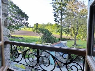 La Chouette with own private heated pool