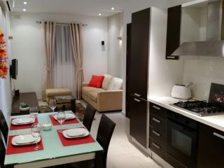 Apartment - 100 m from the beach, San Ġiljan