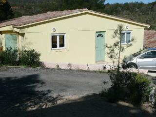 COMFORTABLE CHALET LOCATED IN ROQUERBRUNE SUR ARGE, Roquebrune-sur-Argens