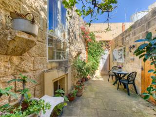 Moya house of character in Zejtun