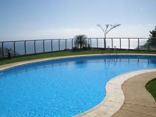 Calheta Plaza Bay - Wonderfull Calheta Bay Views