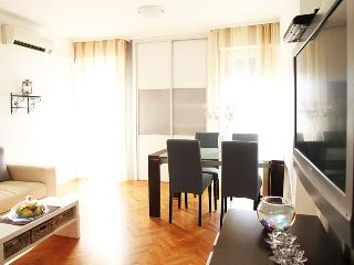 Apartman Duje with sea view
