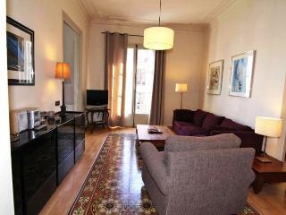 Gaudi 5 apartment in Eixample Dreta {#has_luxurio…