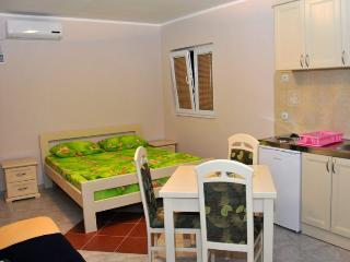 4-bed studio at M&D No.1, Budva