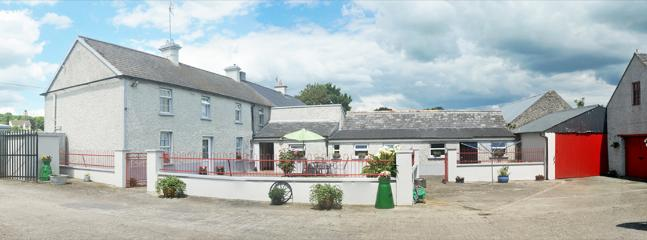 Ballykeeffe Farmhouse is a newly renovated 19th Century farm house located 7 miles from Kilkenny