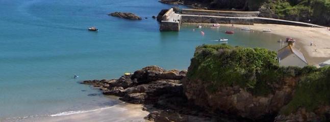 Gorran beach and harbour (5 minute walk)