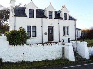 MINCH VIEW, family friendly, character holiday cottage, with a garden in Kendram, Ref 3786, Uig