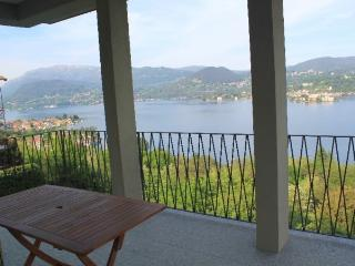 Papavero with terrace view the lake
