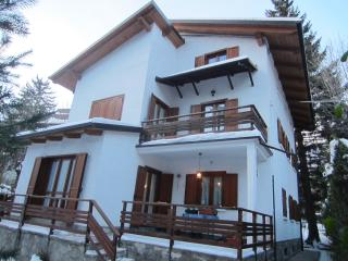 ski apartment in villa in Bardonecchia