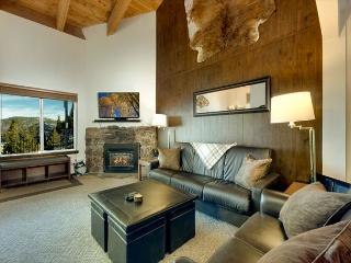 Heavenly Condo, Great views of the lake, Close to skiing  #18 (SL495-18)