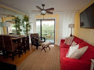 Seaside Villa 349 - 1 Bedroom 1 Bathroom Deluxe oceanside Seaside Villa, Hilton Head