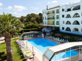 Apartment with pool in Salgados Beach-Albufeira