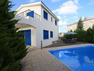 Villa Rodos 4 bdr near the sea in Coral Bay, Paphos