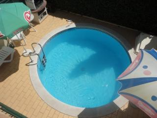 Villa with Pool in Quiet Area, Albufeira