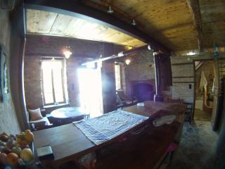 ★ 1870 wood-stone mezzanine, Agios Nikolaos