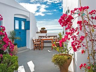 Elicriso Villa, Pyrgos