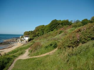 The path down to the beach, 2 minutes from the cottage