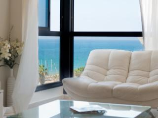 Hayarkon 166 Two Bedroom - Sea N' Rent, Tel Aviv