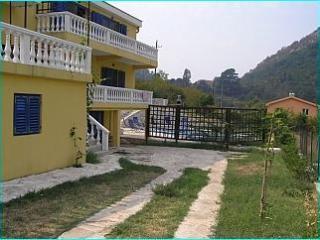 Villa Patricia, Kotor