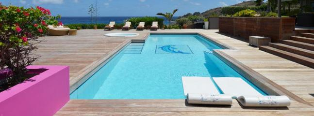 Villa La Vie En Rose AVAILABLE CHRISTMAS & NEW YEARS: St. Barths Villa 85 The Property Finishes At The Edge Of The Water Facing The Sea., Petit Cul de Sac