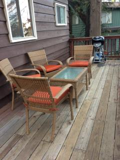 Front Deck (brand new patio furniture)