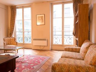 Classic Quai d'Orsay Apartment