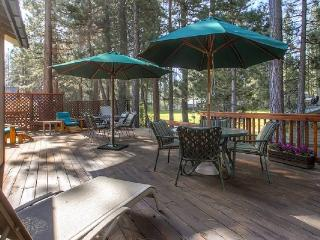 #44 SEQUOIA Huge deck! $200.00-$235.00 BASED ON FOUR PEOPLE OCCUPANCY AND NUMBER OF NIGHTS (plus county tax, SDI, and processing fee), Plumas County